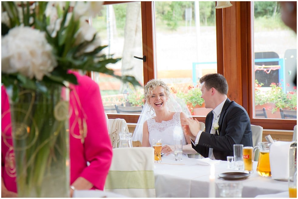 Relaxed Story telling wedding photography