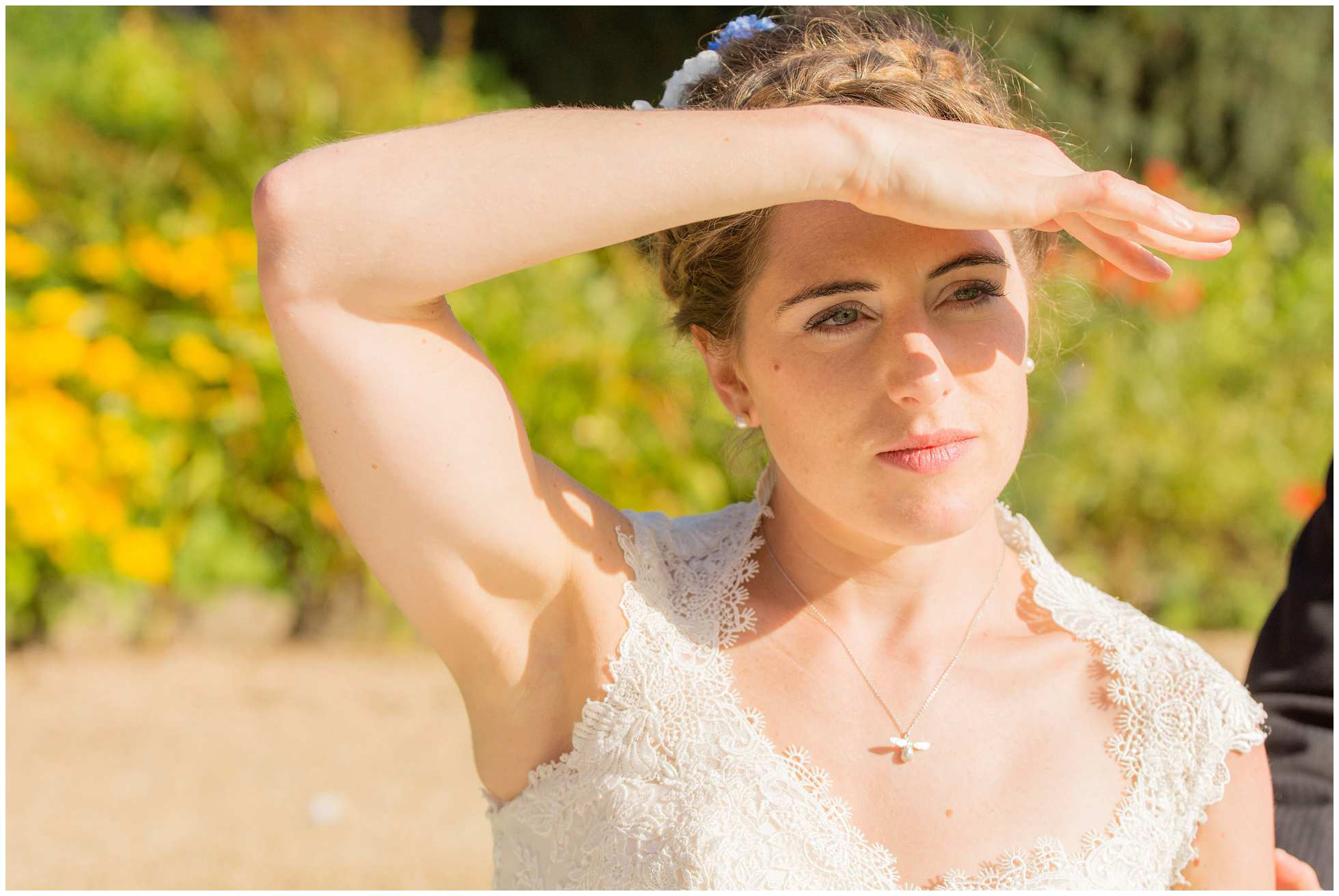 Gorgeous bride looking for her Oxford groom