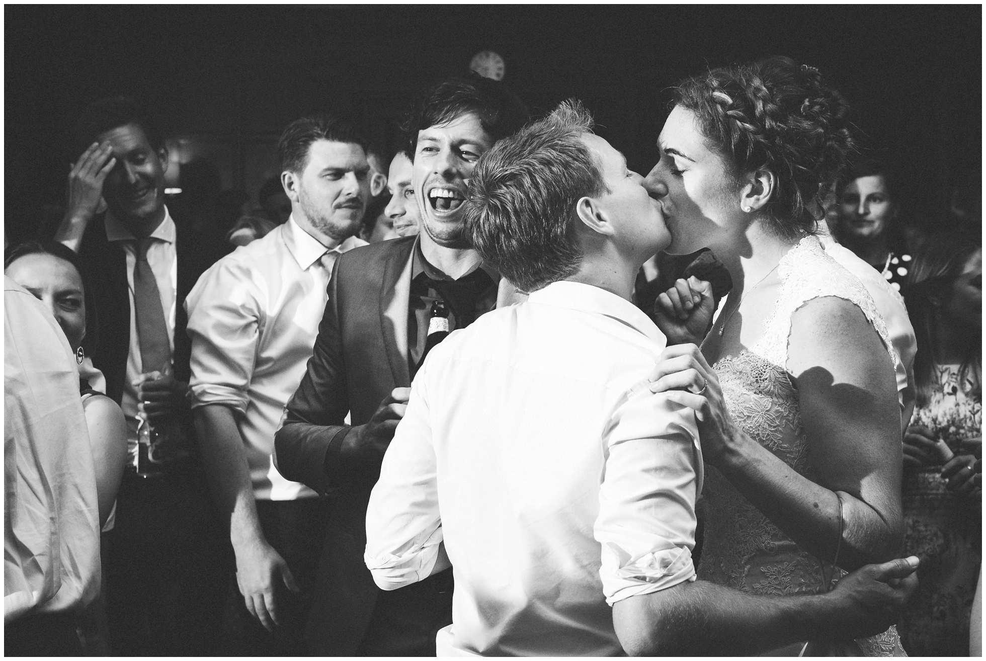 The final wedding kiss
