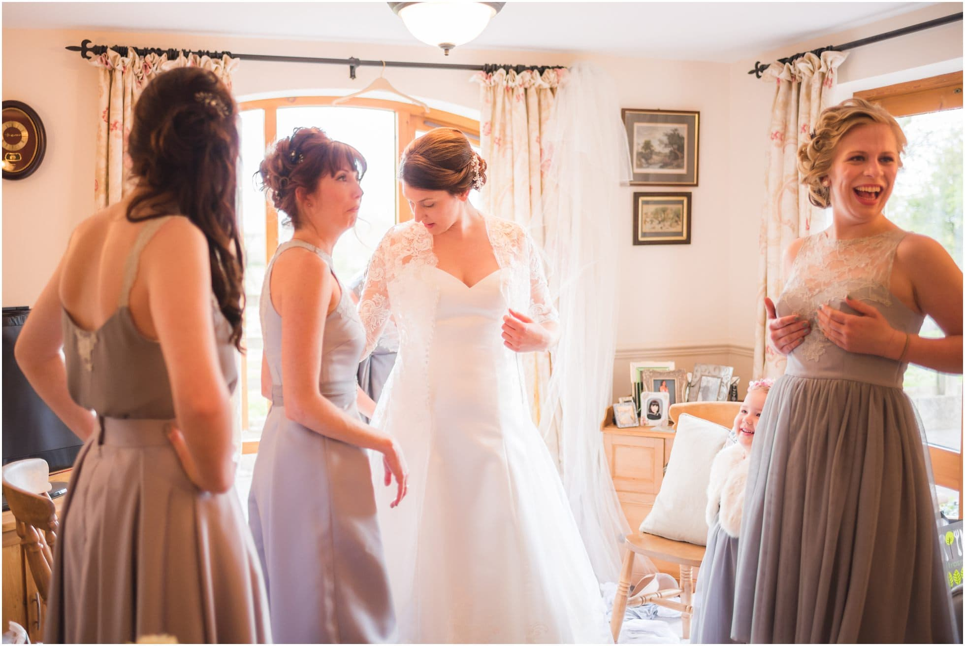 Bridesmaid checks her dress (!)