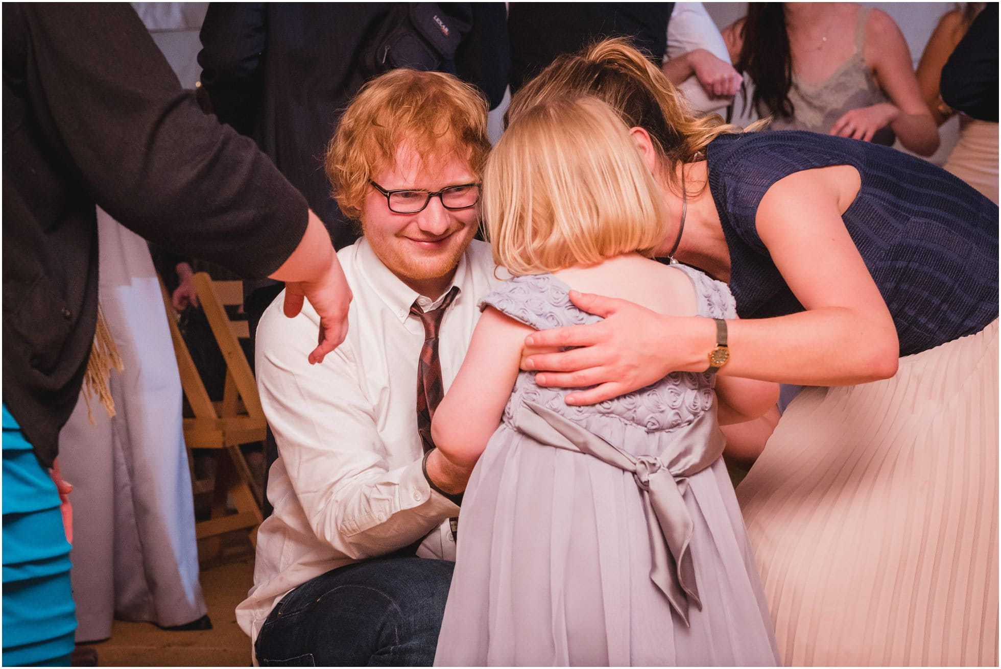 Ed Sheeran meets the youngest bridesmaid