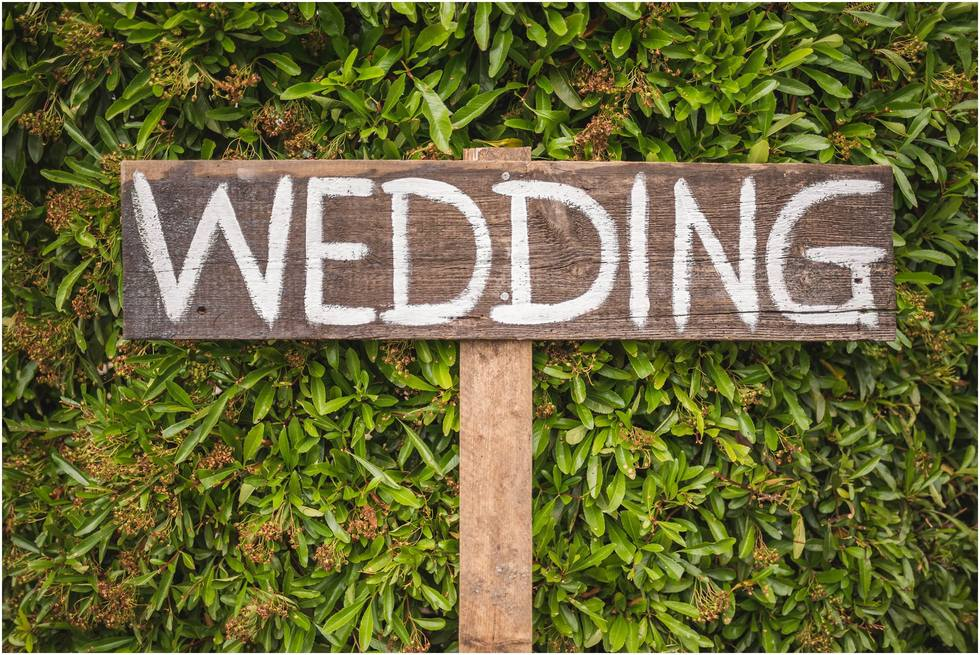 Wedding sign for guests