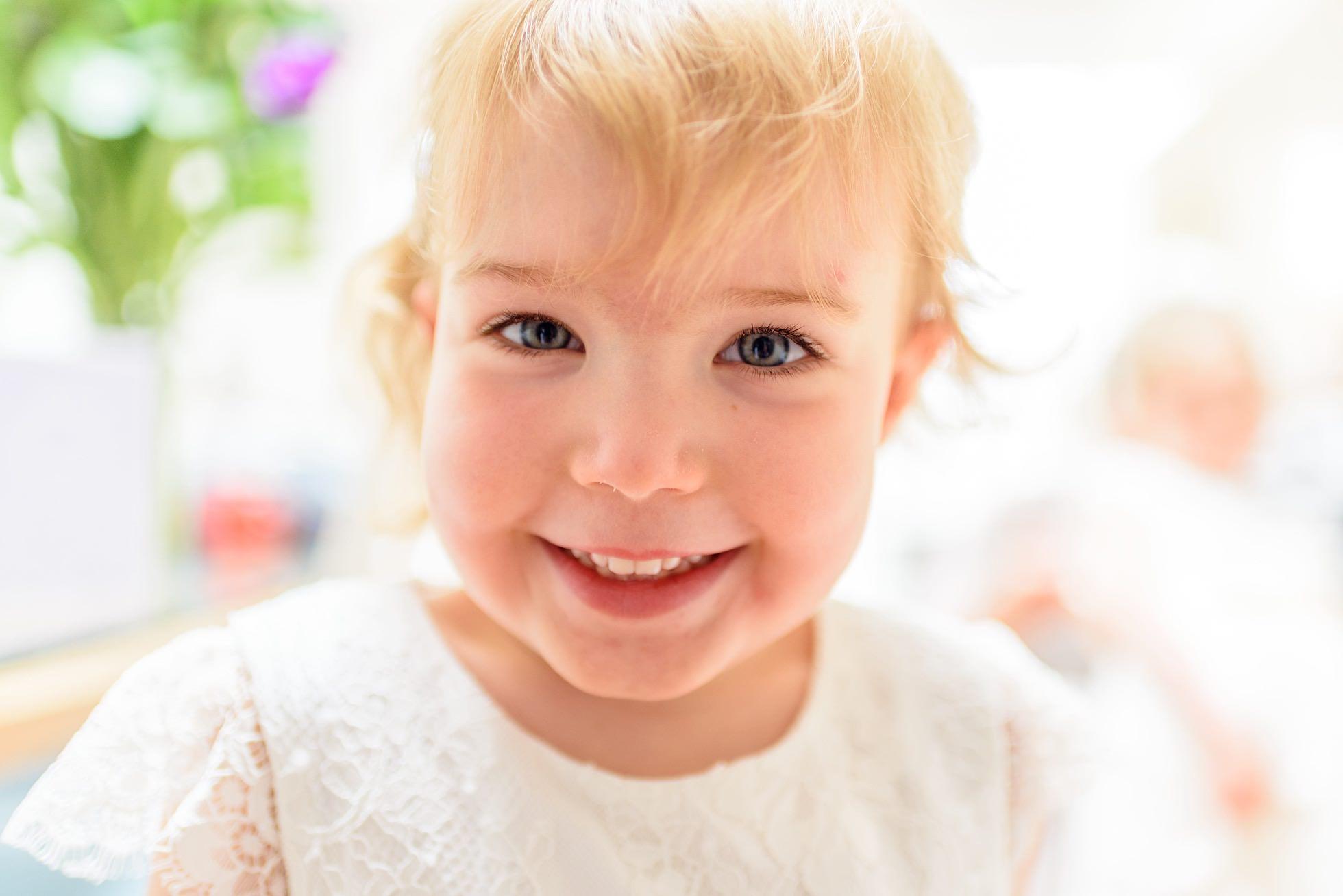 Smiley flower girl