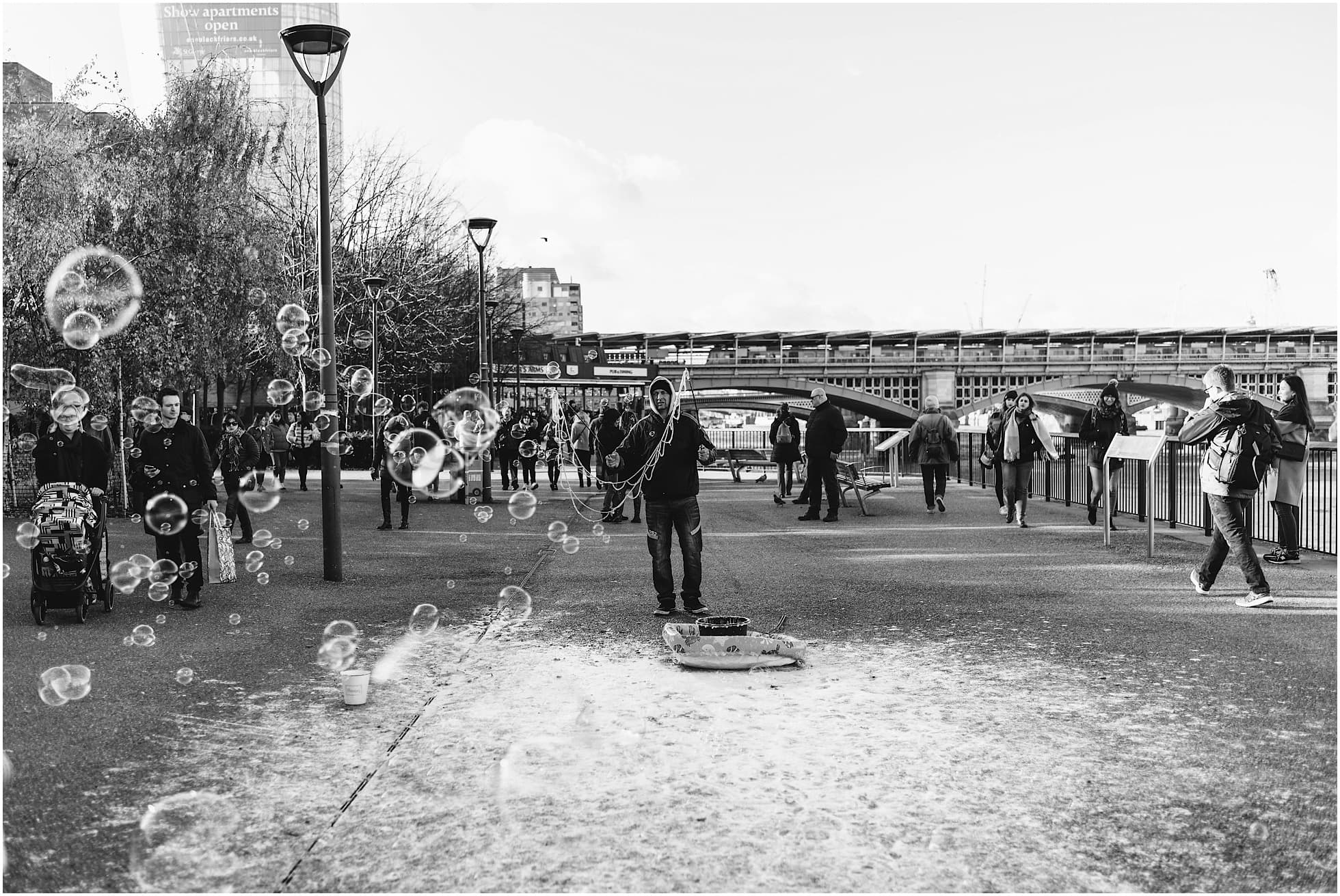 bubble maker by the thames