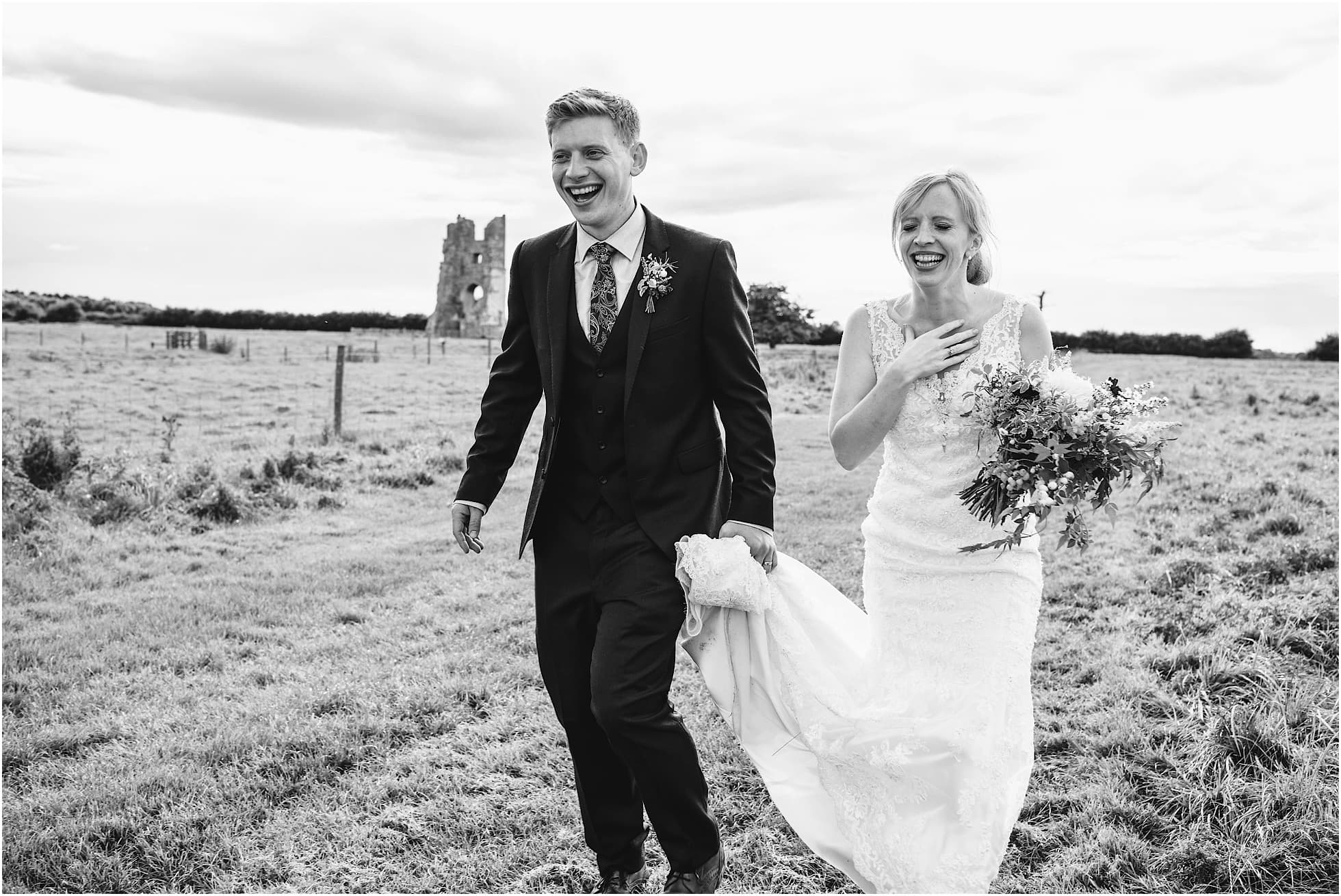 relaxed wedding photography at Godwick