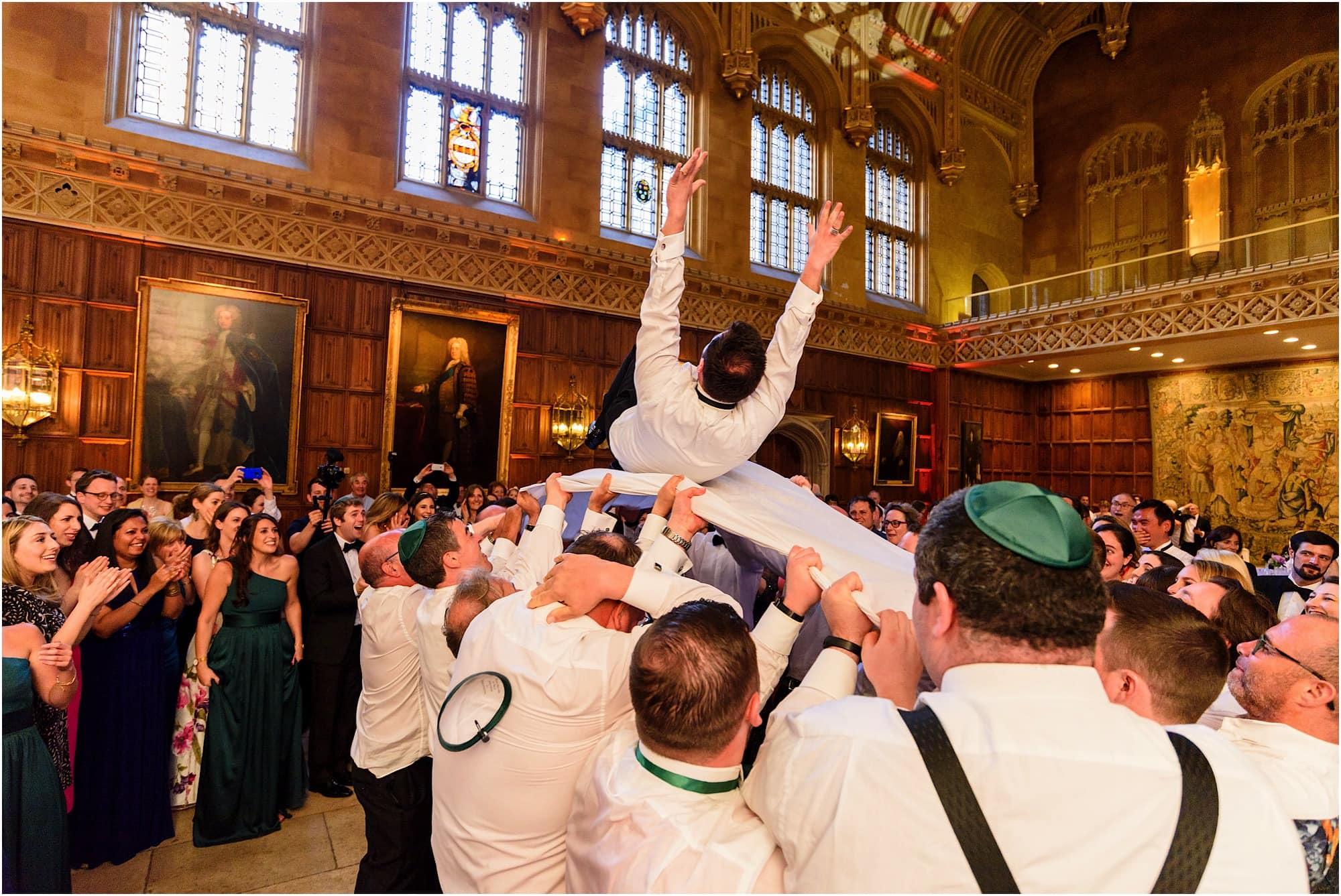 Israeli dancing groom thrown into the air and loses his kippah