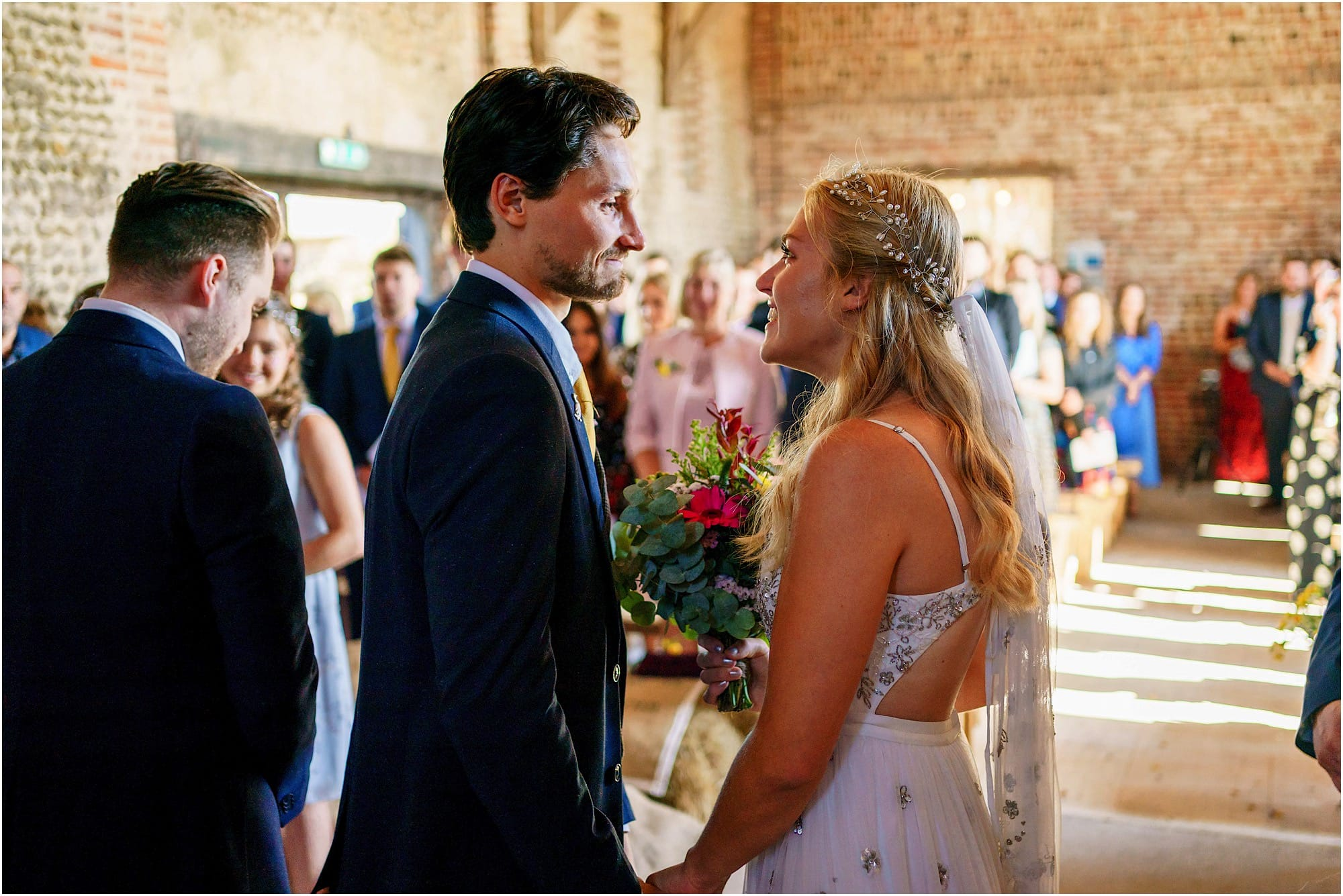 Groom and bride see each other for the first time