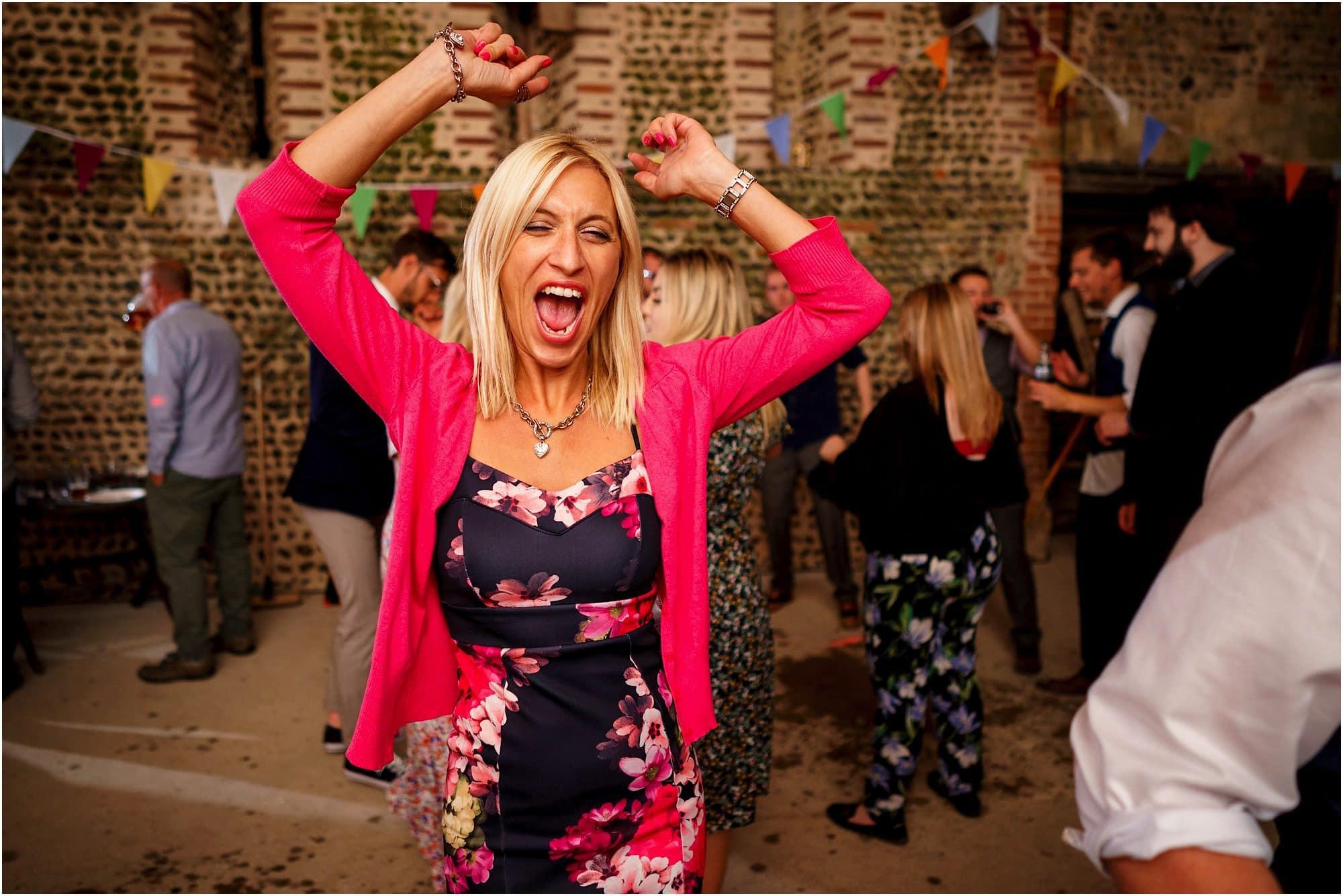 happy dancing guests!
