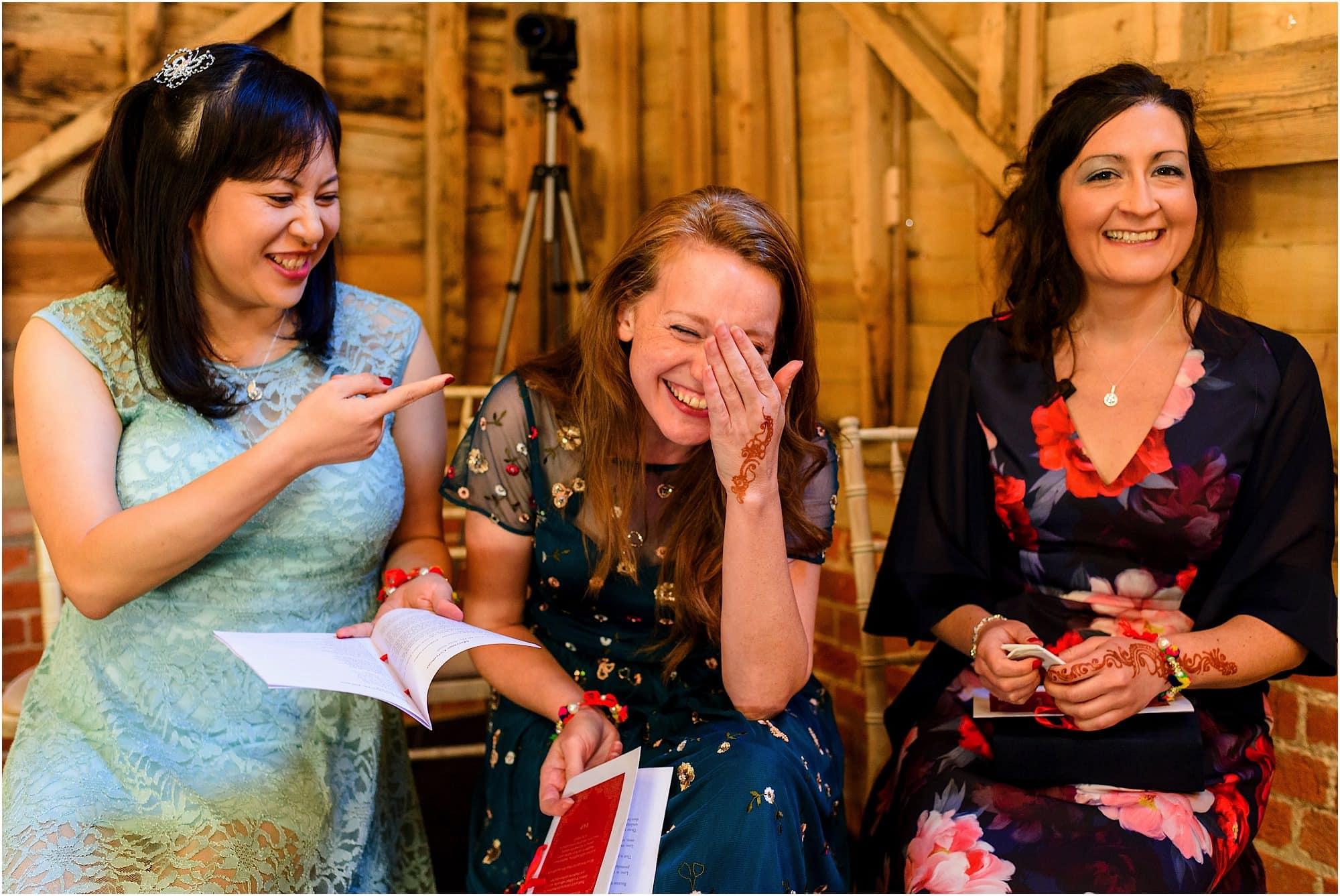 Relaxed fun wedding photos